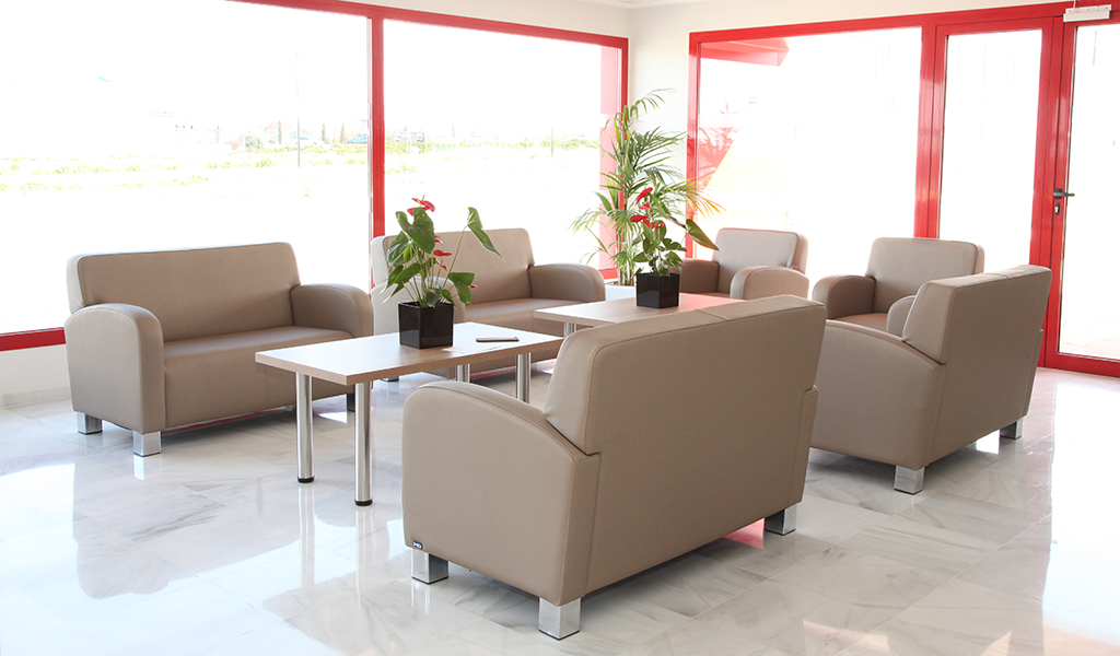 Recepci n residencia nd mobiliario y equipamiento for Agora mobiliario s l